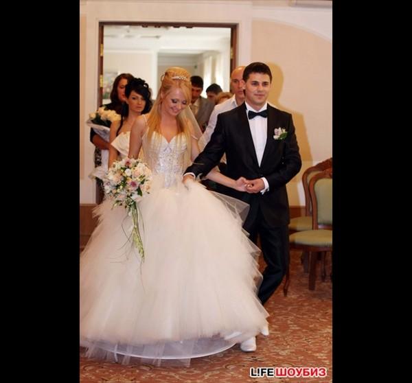 мега свадебное платье дарьи пынзарь фото таким